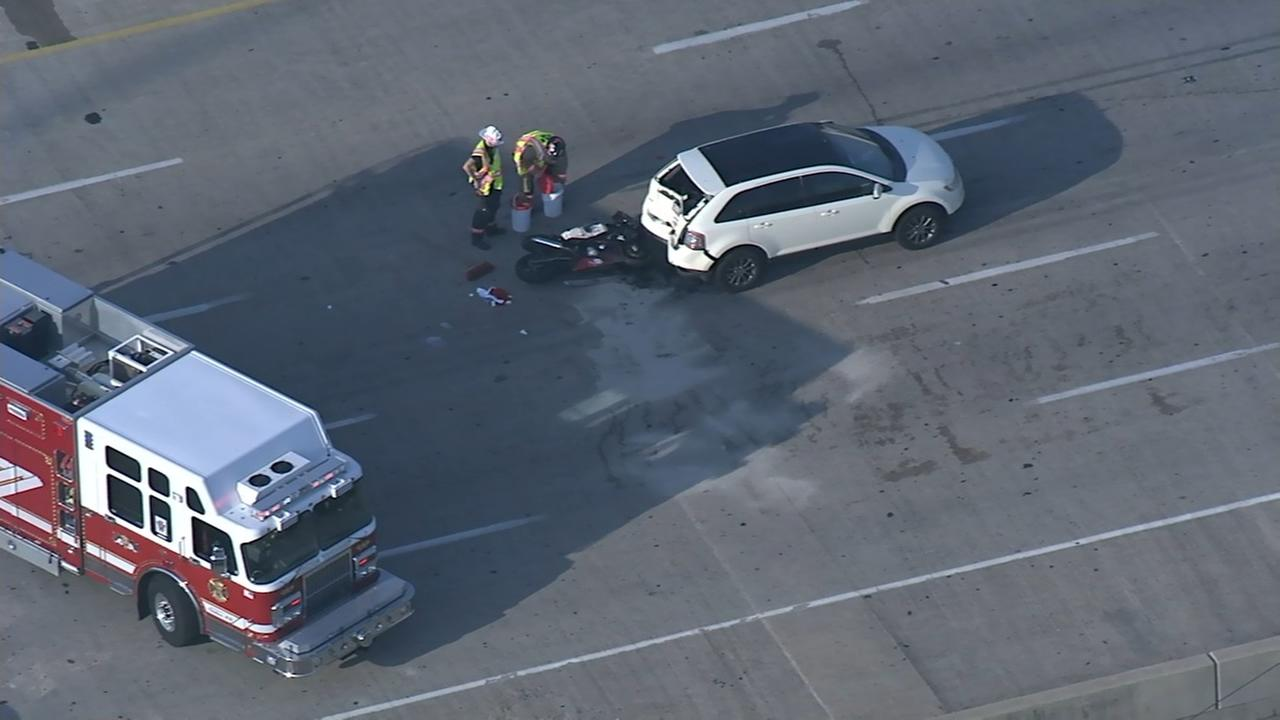 Chopper 6 over scene after motorcycle hits SUV on I-95