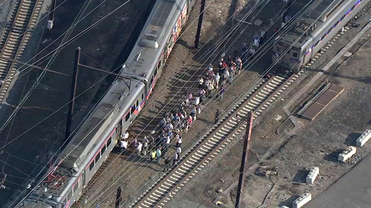 SEPTA train stuck for hours without power