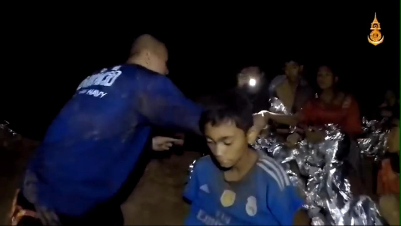 Official: 8 boys rescued from flooded Thai cave
