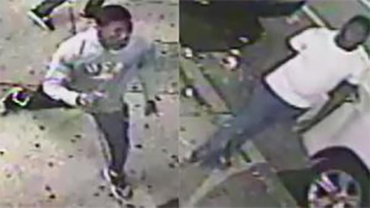 2 suspects wanted for robbing a man in Olney