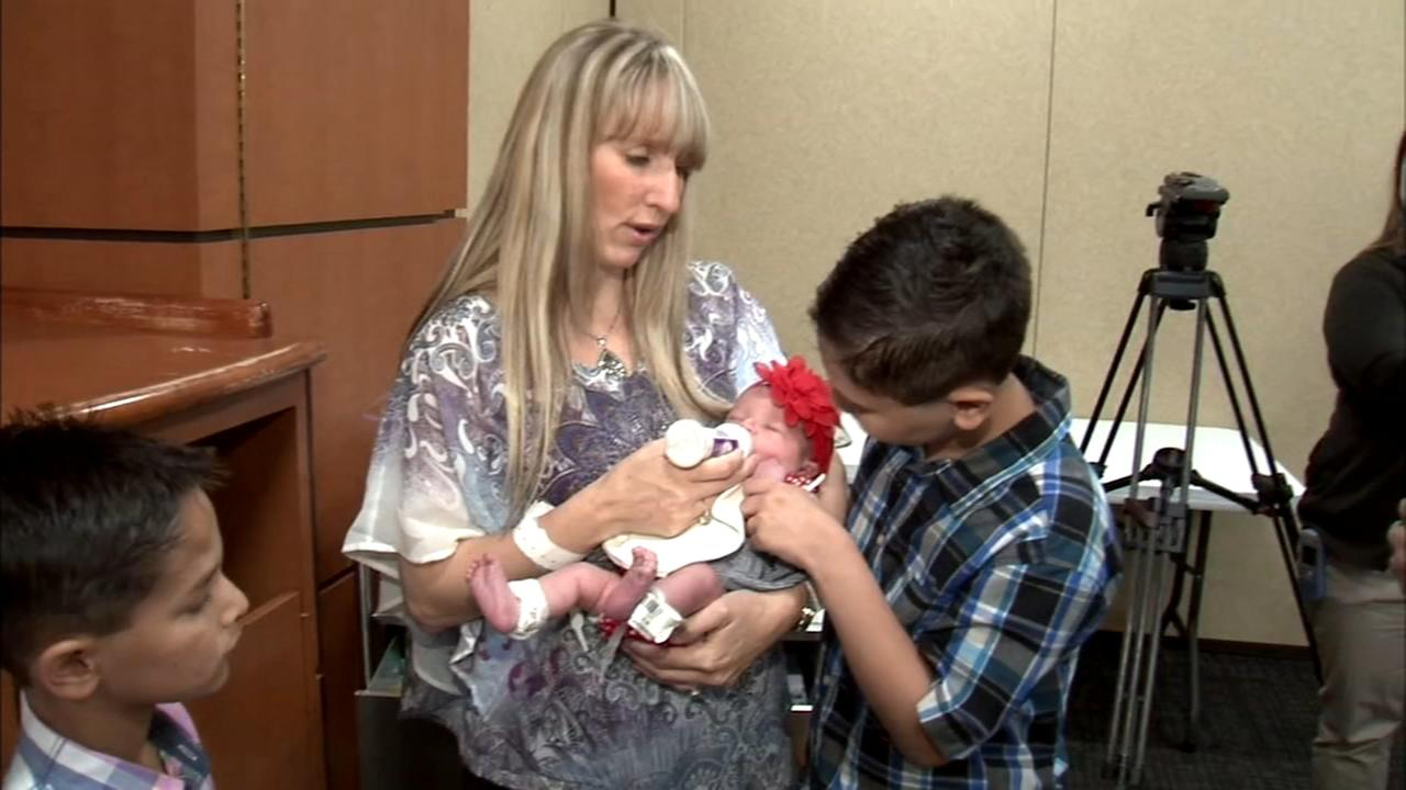 N.Y. mom gives birth to 10th child
