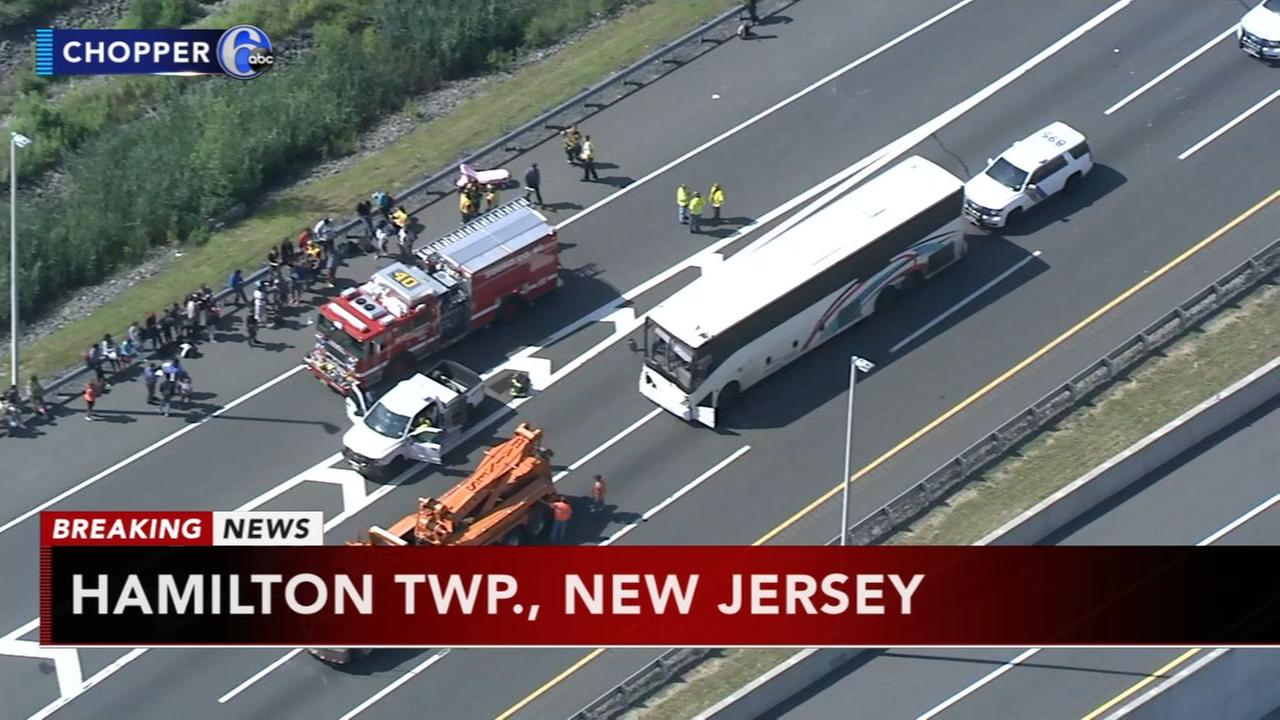 Bus, truck collide on NJ Turnpike in Mercer County