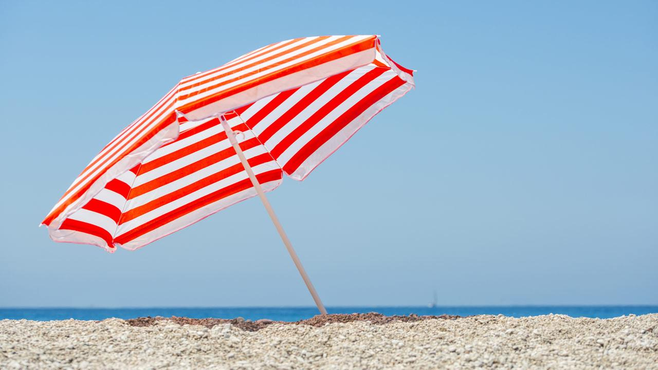 Woman impaled in chest by beach umbrella at Maryland beach