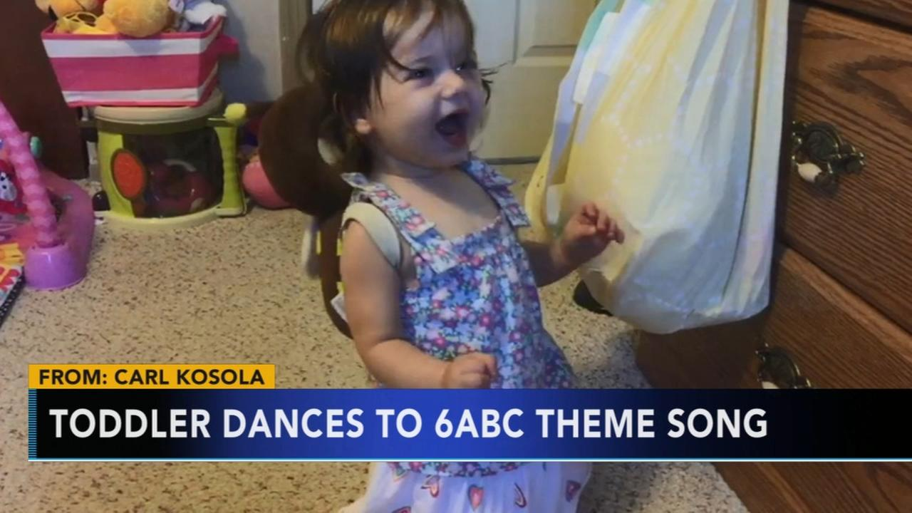 Toddler dances to Action News theme song
