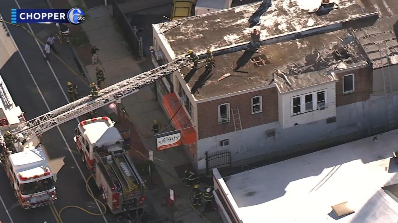 2 people hurt inside burning home in Lawncrest