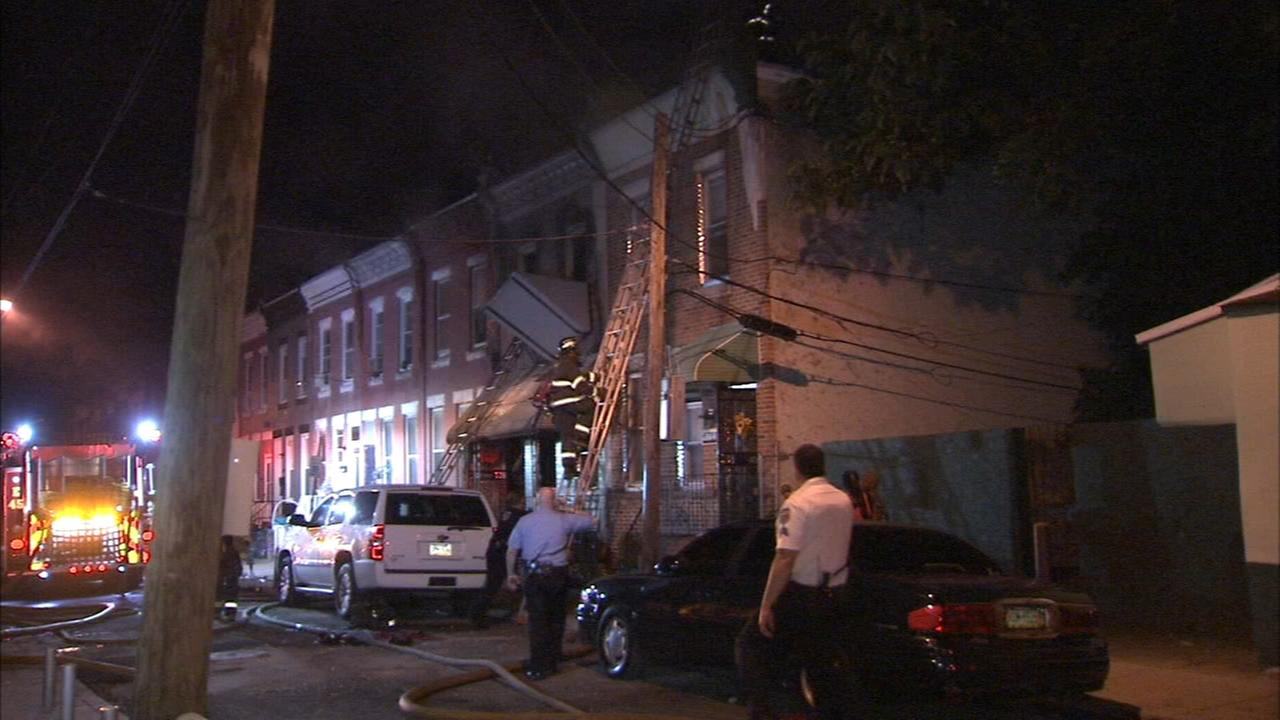 Woman, firefighter injured in Strawberry Mansion fire