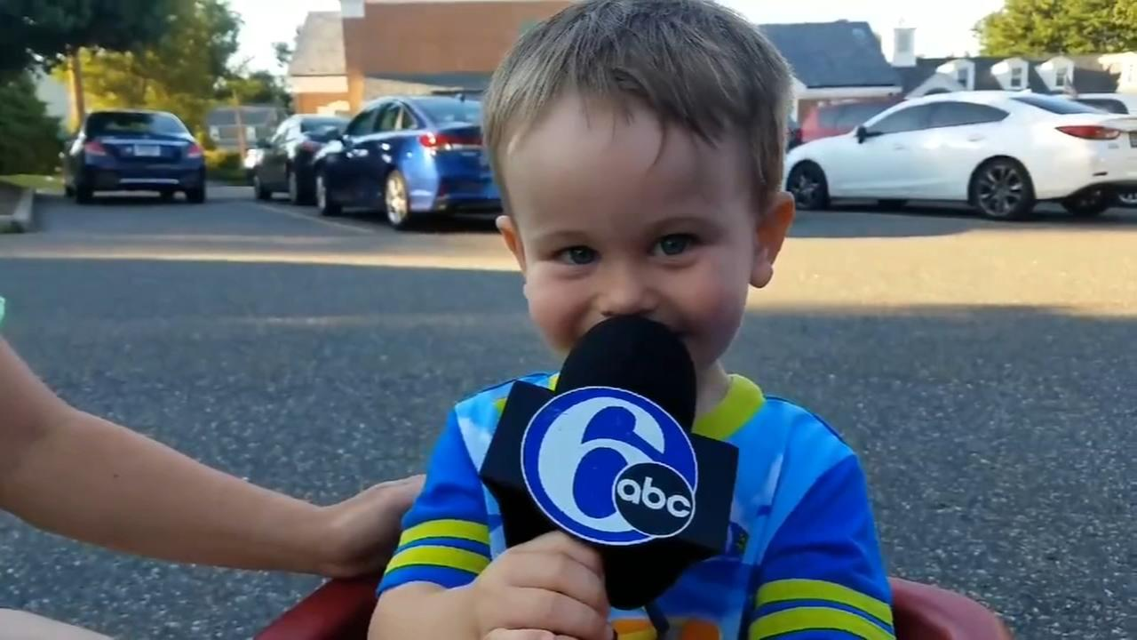 Young Action News fan sings the theme