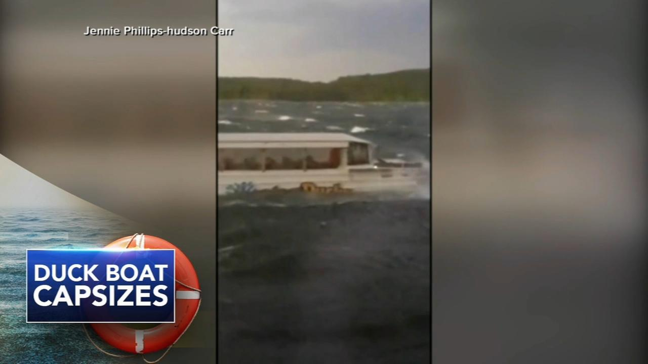 17 dead after Missouri duck boat capsizes