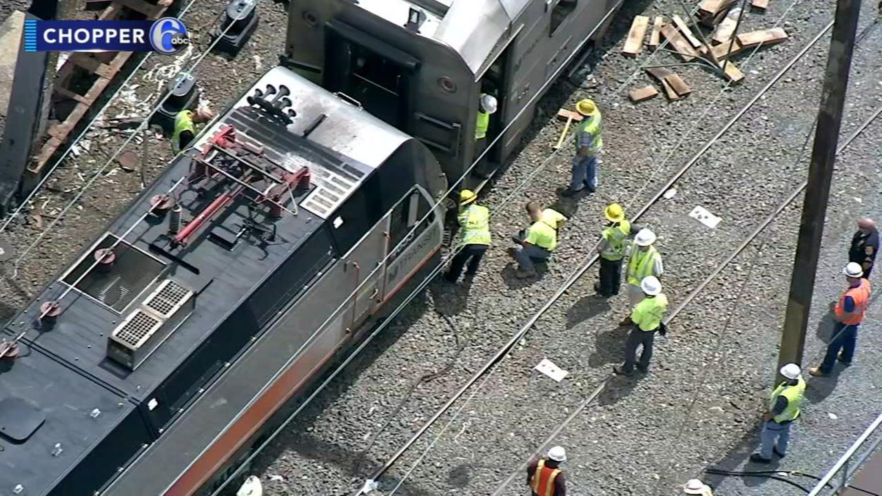 N.J. transit train derails in Trenton