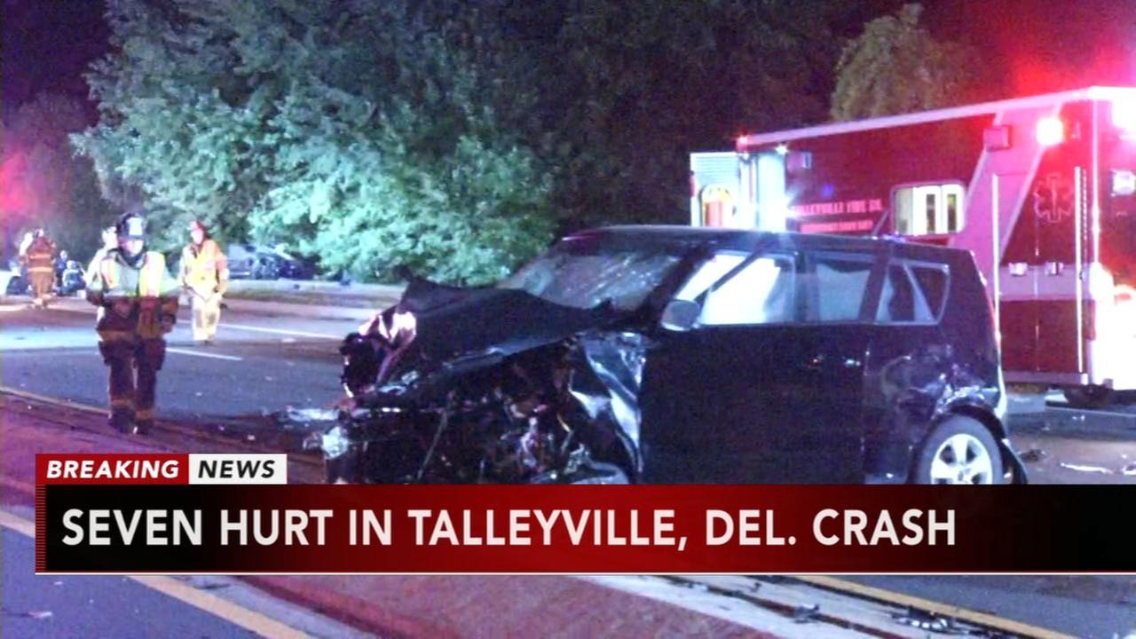 7 hurt in crash in Talleyville, Delaware