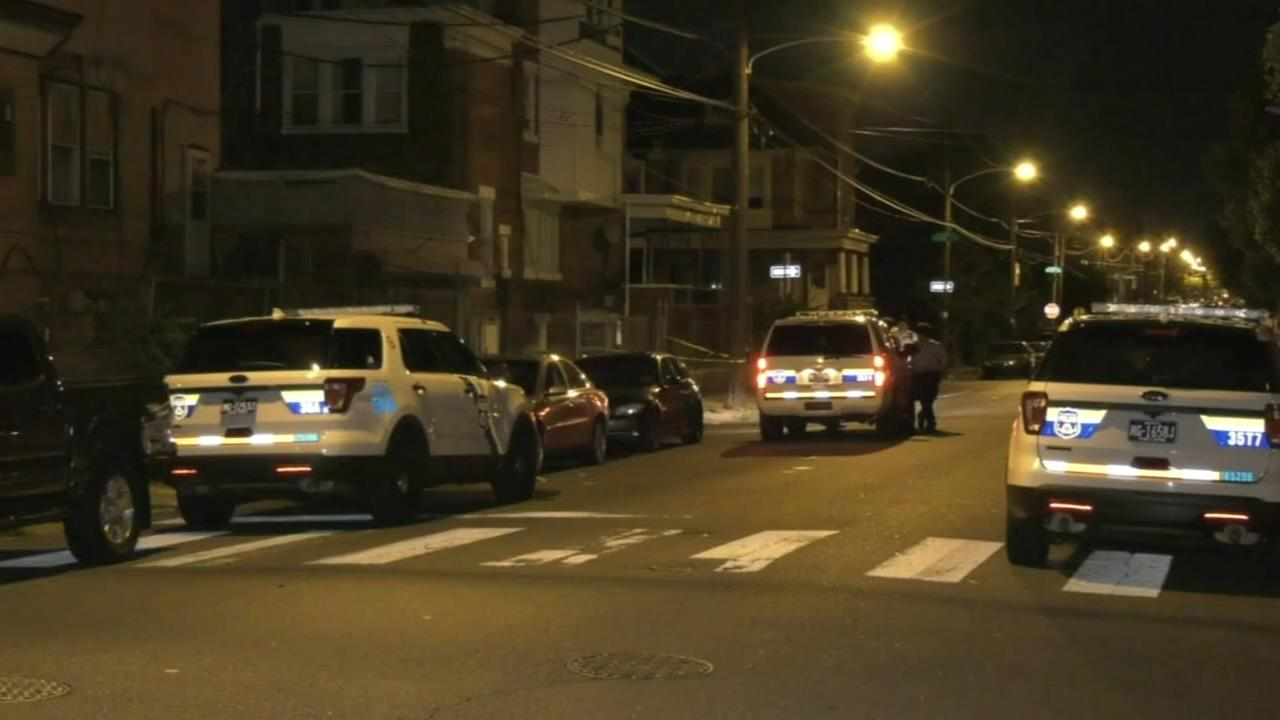 Man shot in leg following attempted robbery in North Philadelphia