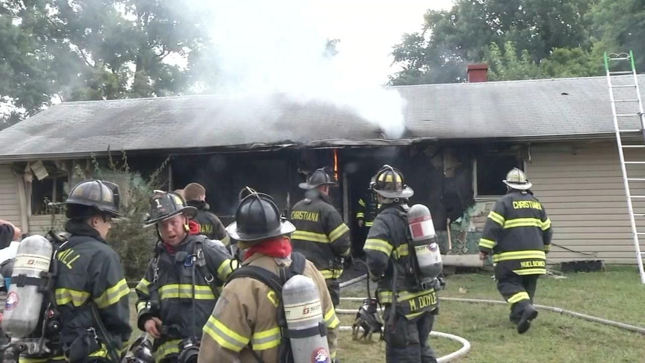 6 people displaced after fire consumes New Castle Co. home