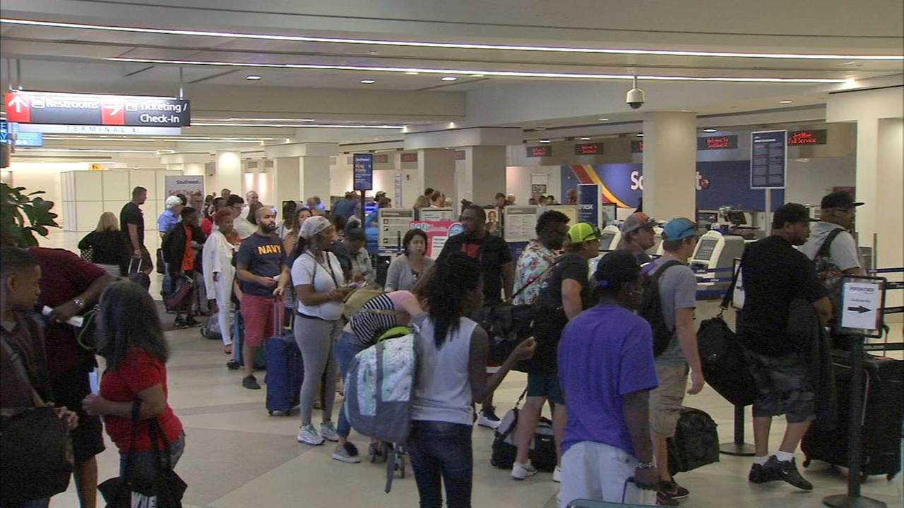 Weather causes delays, cancellations at Philly airport