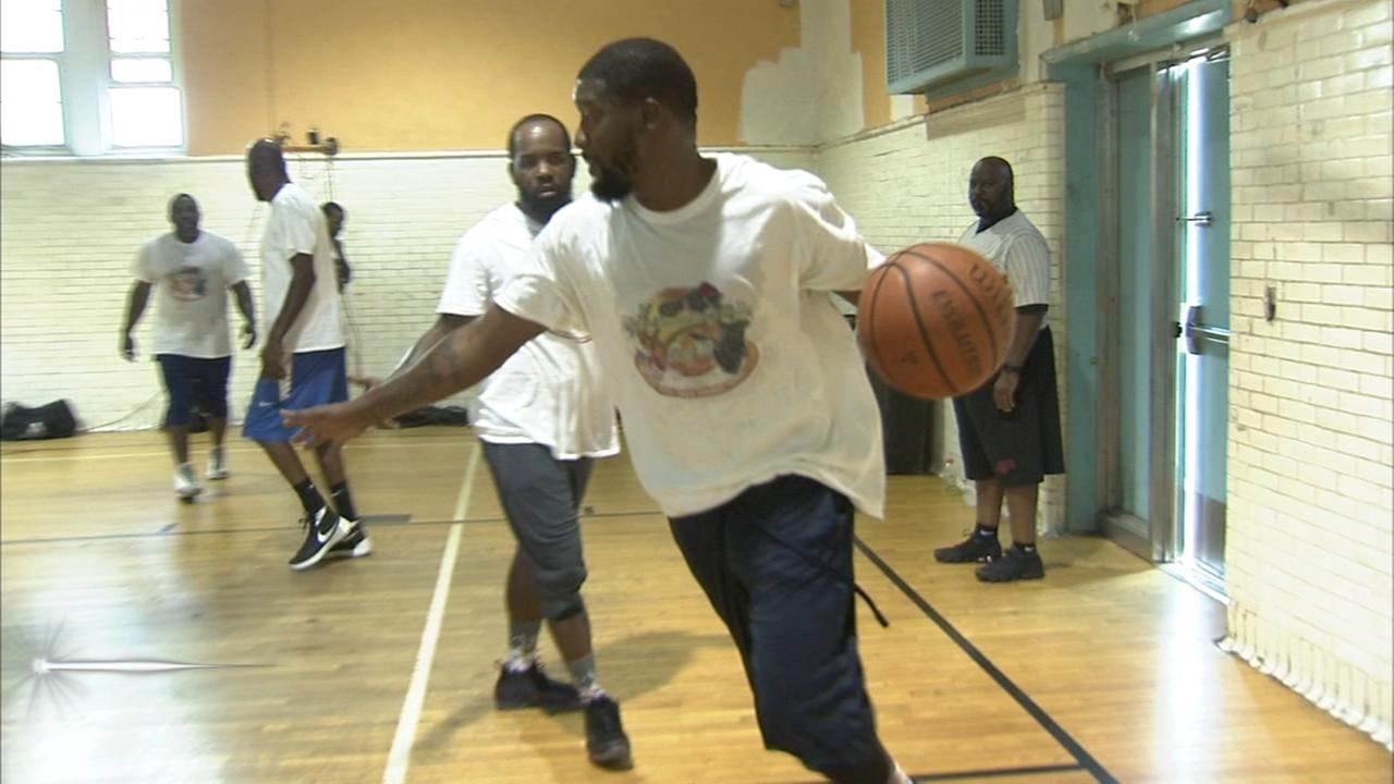 Anti-violence basketball tournament held in North Philly