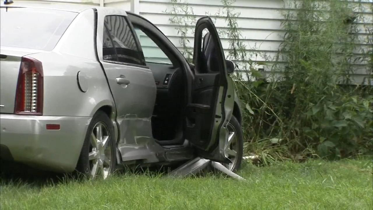 Car crashes into house after police chase in Delaware Co.
