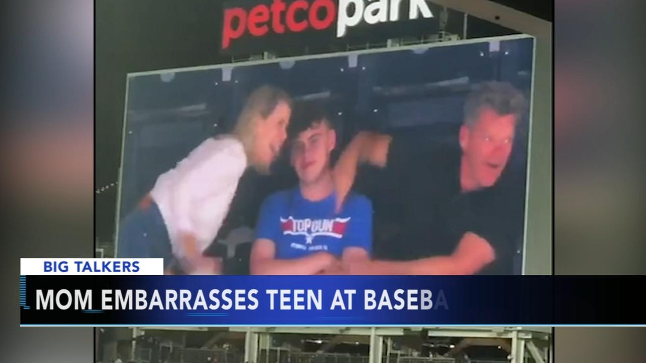 Mom becomes viral sensation after embarrassing teen at baseball game