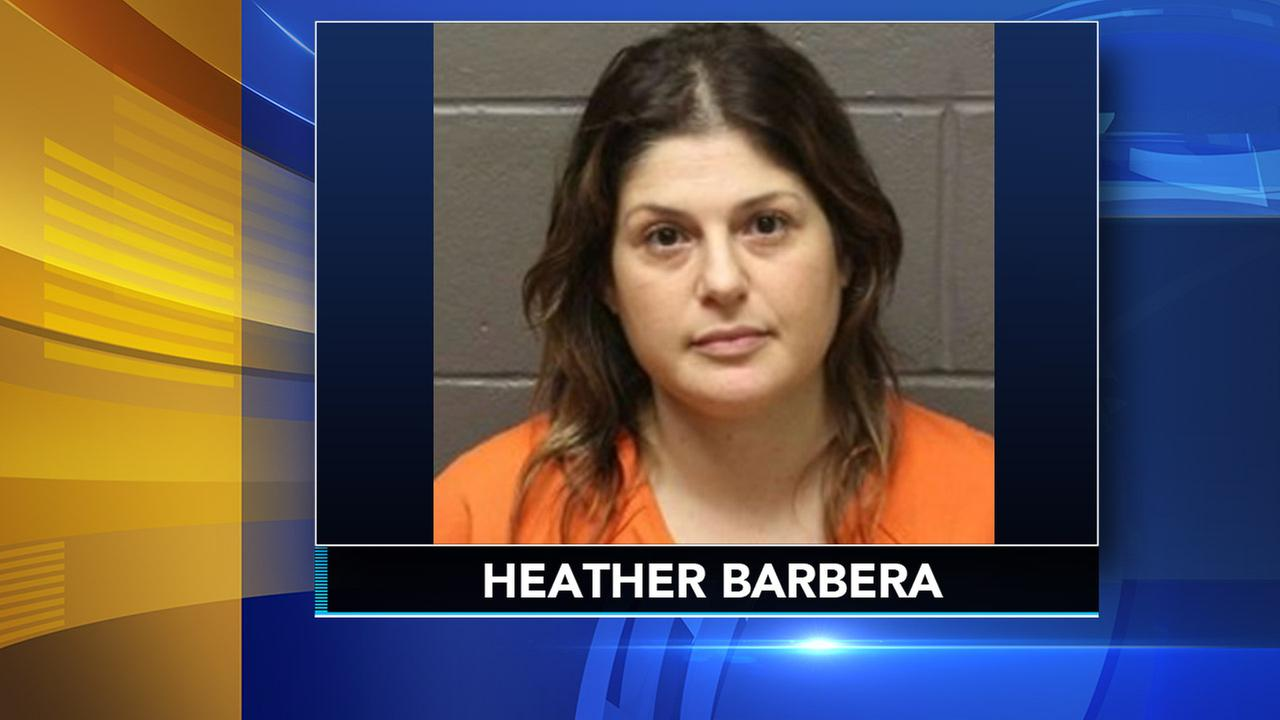 Woman charged in deaths of her mom, grandmom to be extradited