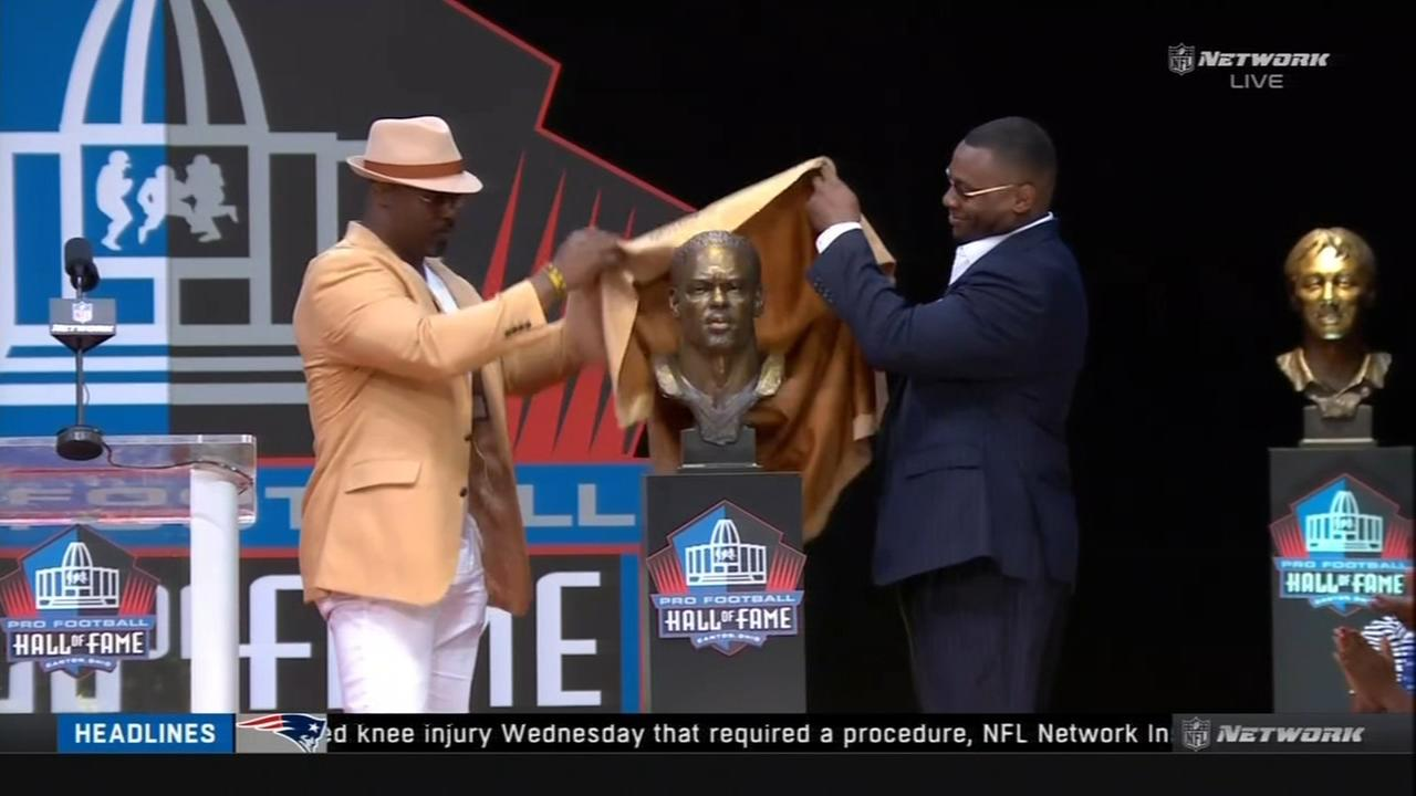 Brian Dawkins inducted into the Hall of Fame