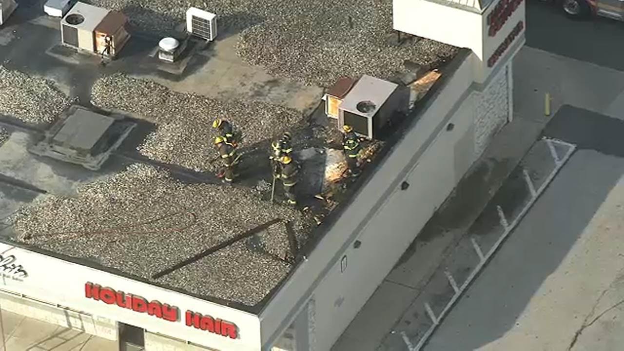 Firefighters battle building blaze in Tacony