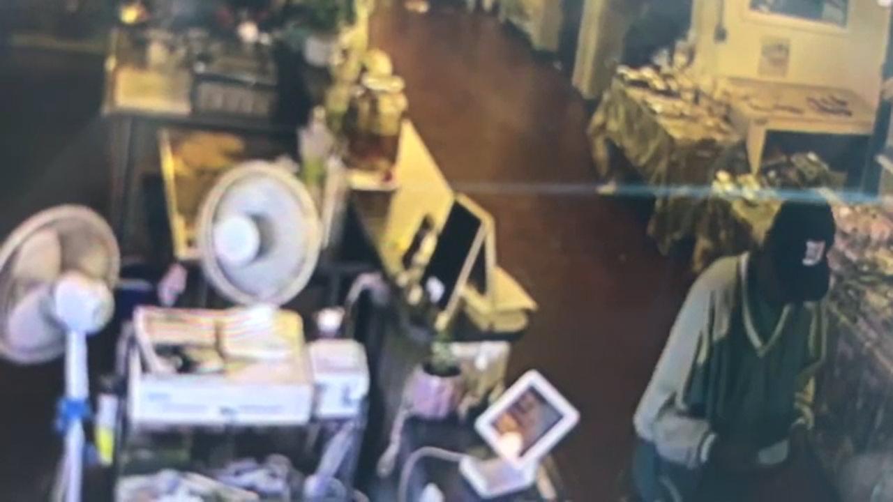 2 donation jars stolen from farmers market in Trenton