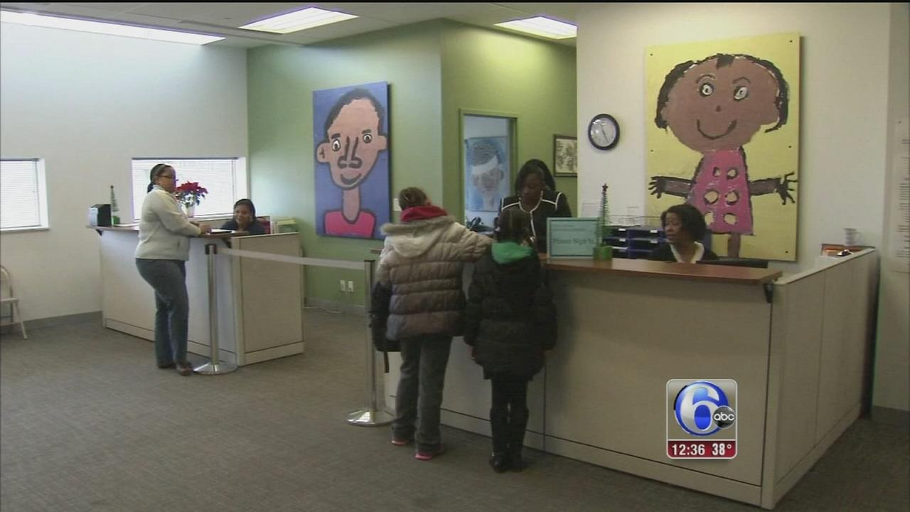 VIDEO: Parents scramble in wake of charter school shutdown