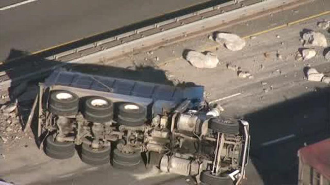 Chopper 6 over the scene of where a dump truck overturned on I-95 at Bridge Street in Port Richmond.