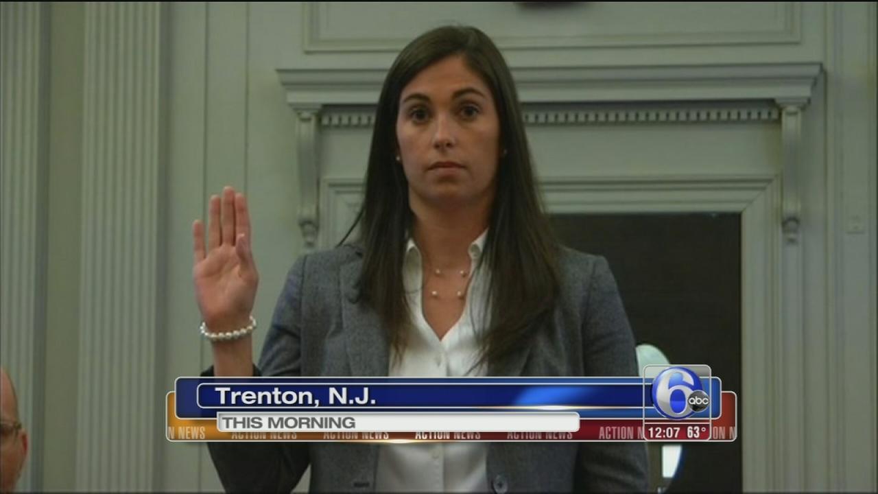Former Christie aide questioned in bridge probe