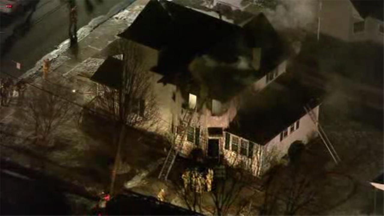 2 injured in Monroe Township blaze