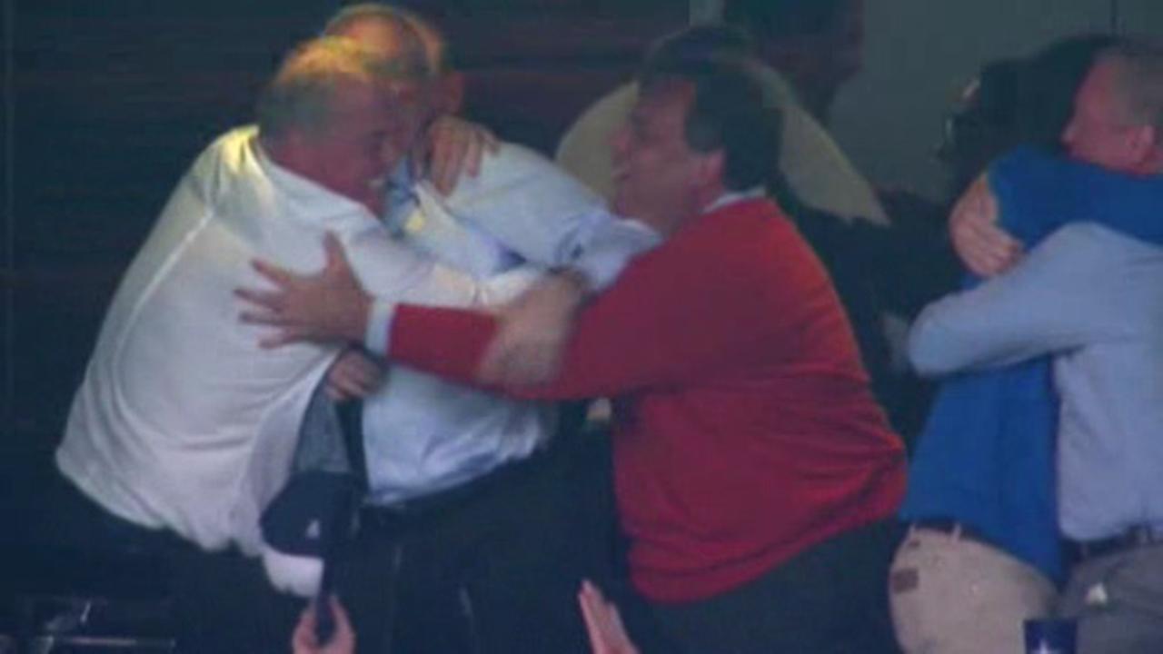 Gov. Chris Christie cheers on beloved Cowboys