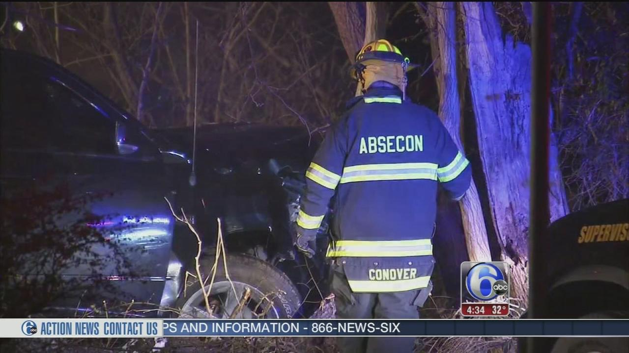 VIDEO: Truck driver injured in crash in Absecon, N.J.