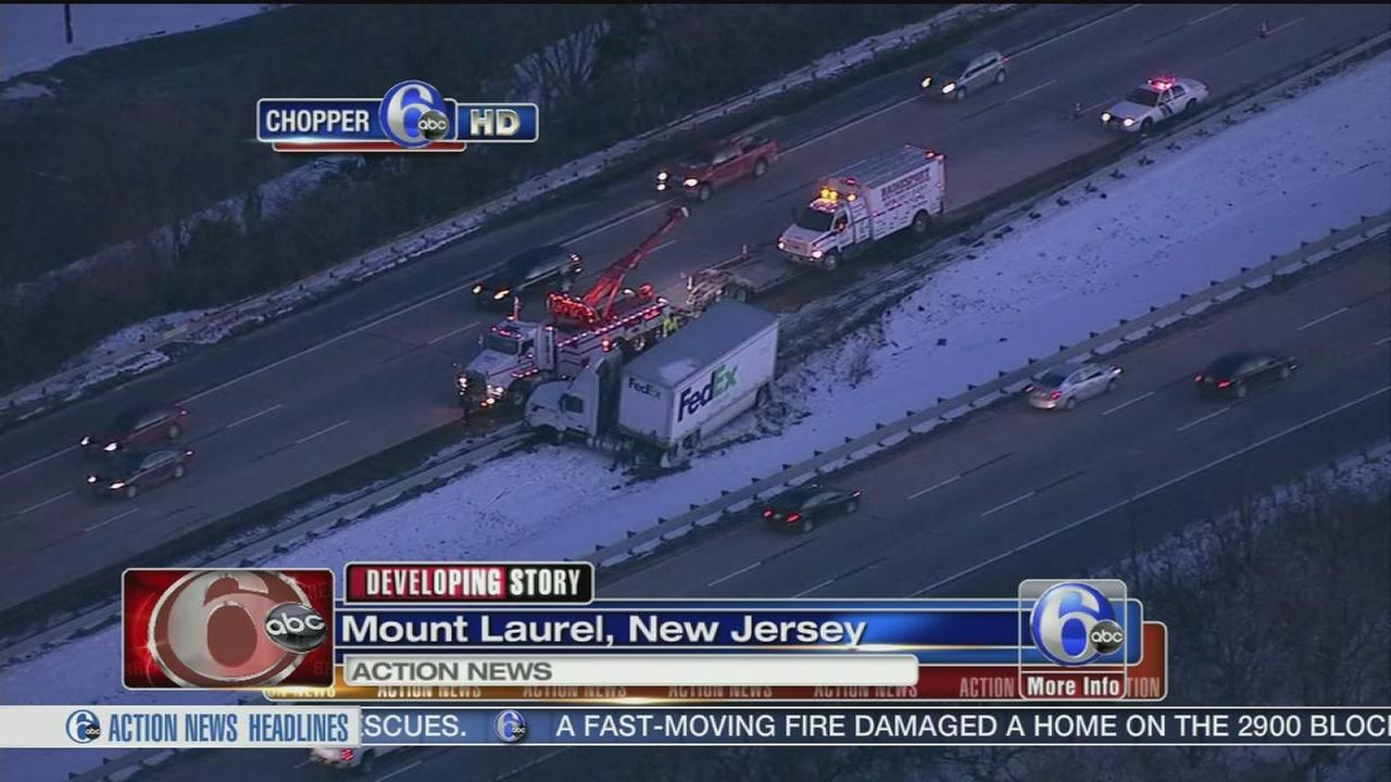 VIDEO: Jackknifed truck slows traffic on I-295