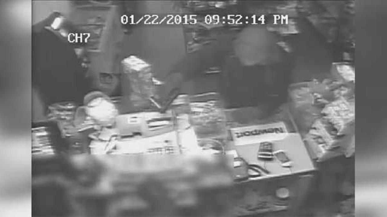 Police are on the hunt for a suspect who held up a mini market at gunpoint in South Philadelphia.