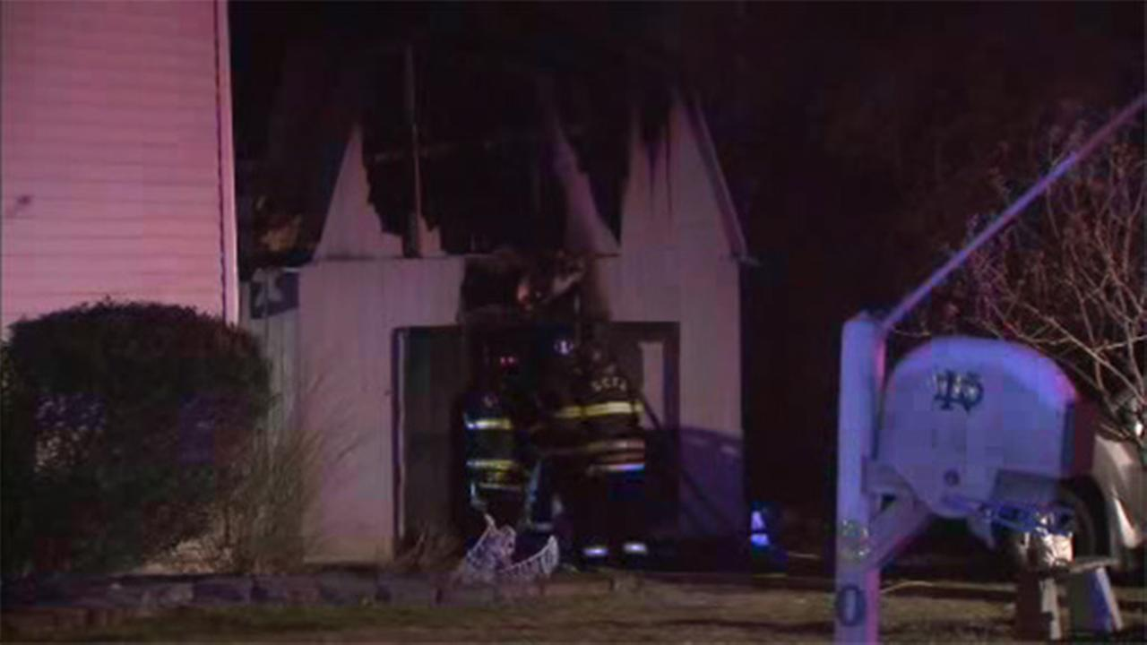 3 animals killed in Gloucester City shed fire