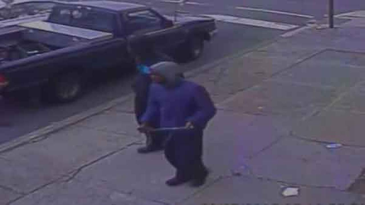 Philadelphia police are on the hunt for 2 gunmen who shot a man during an robbery attempt in the citys Olney section.