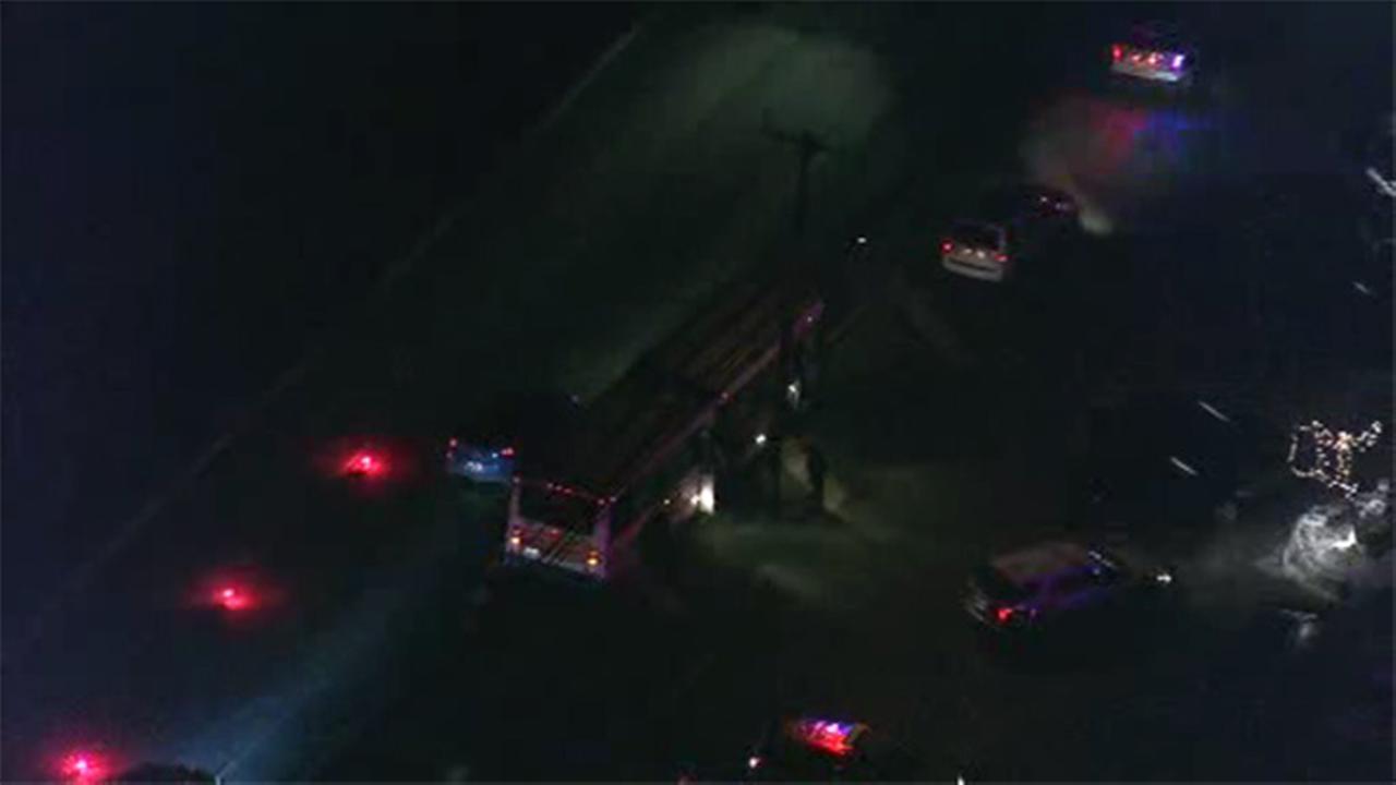 4 injured when NJ Transit bus, truck collide