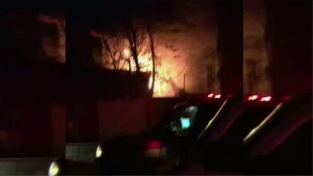 Fire damages 2-story house in North Philadelphia