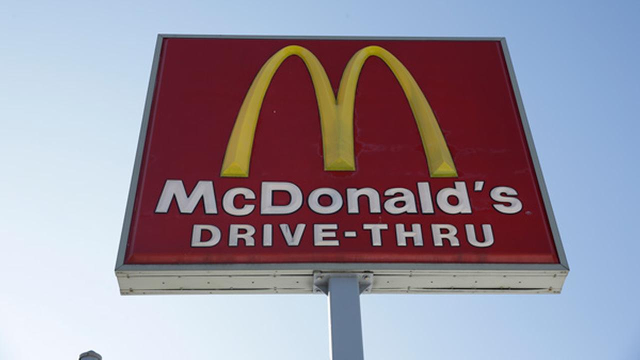This Thursday, Jan. 15, 2015 photo shows a McDonalds fast food restaurant sign in Chicago.