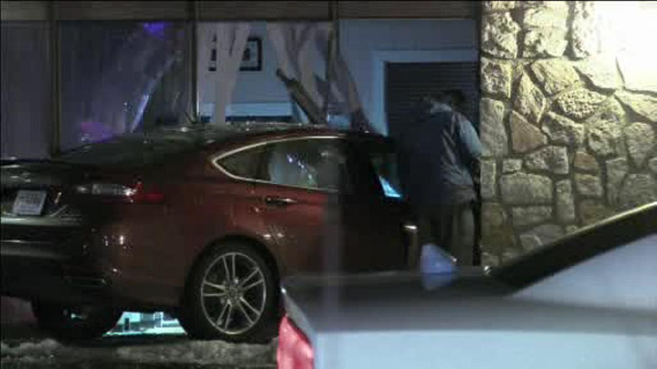 Car crashes into Cherry Hill building