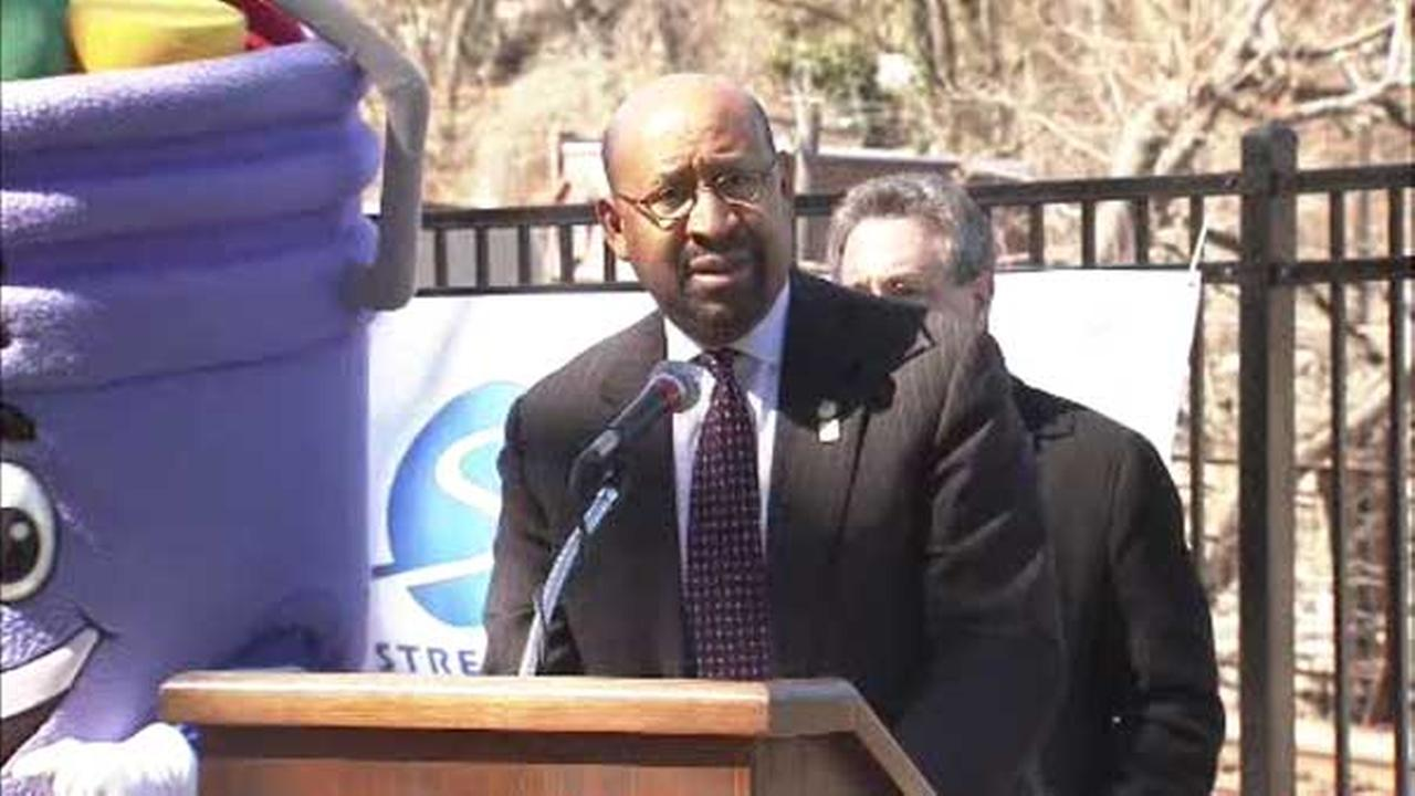 Mayor Michael Nutter launched the countdown to the 8th annual Philly Spring Cleanup.