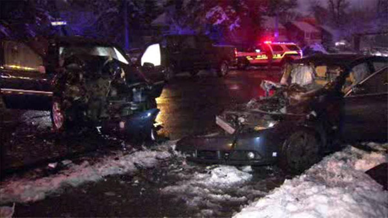 3 injured in 2-car crash in East Oak Lane