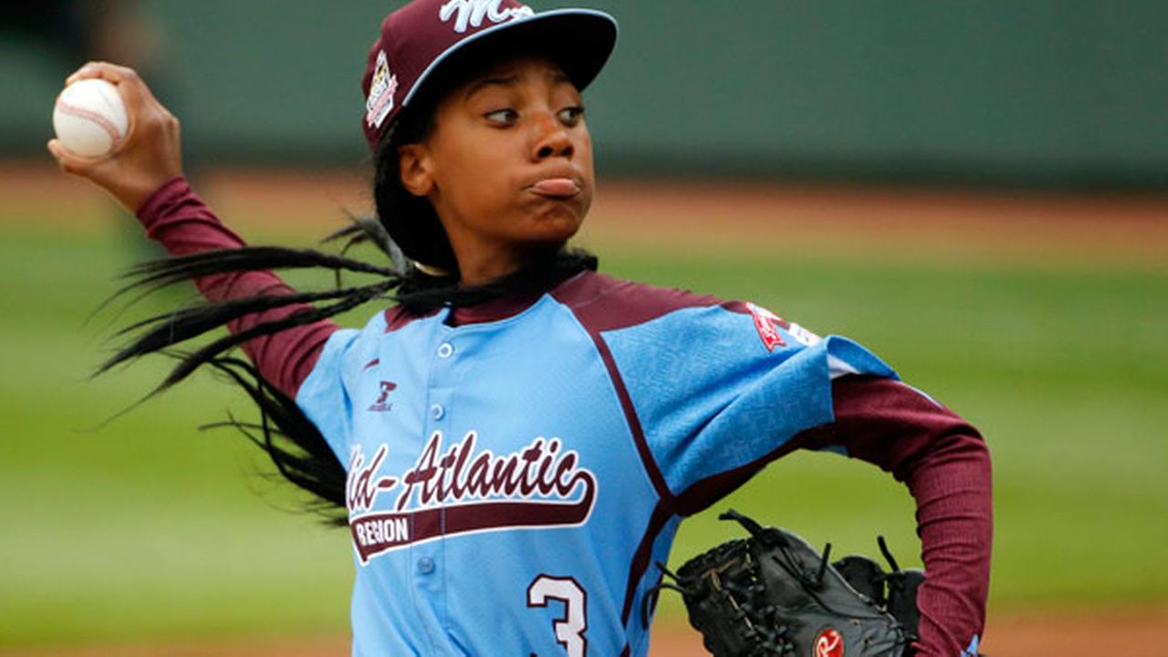 FILE - In this Aug. 15, 2014, file photo, Pennsylvanias Mone Davis delivers in the fifth inning against Tennessee during a baseball game.