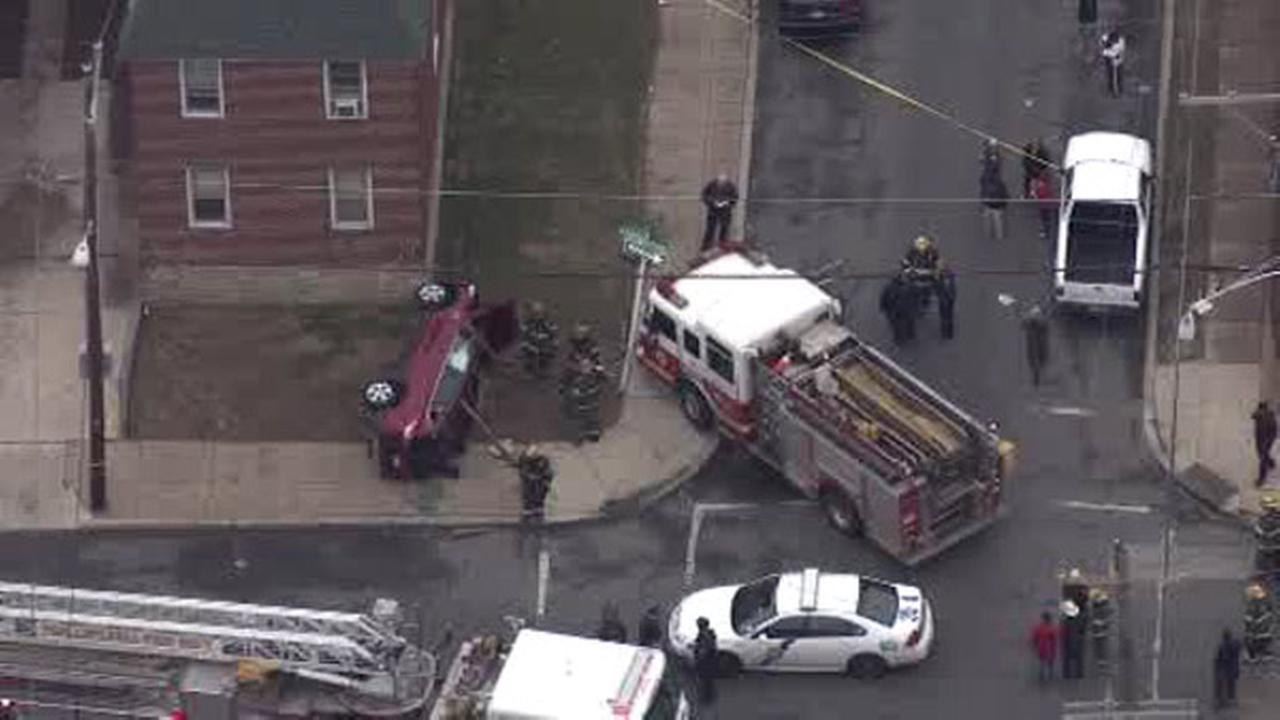 Driver injured in crash involving fire truck in Olney