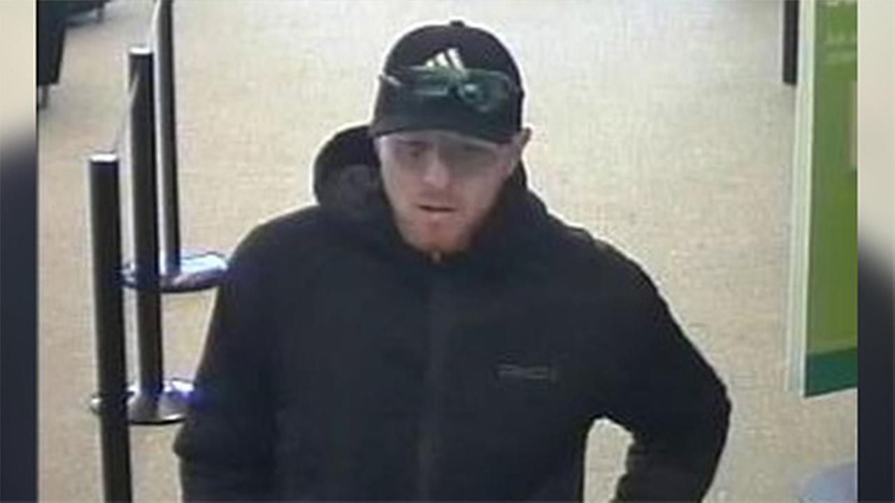 Police search for bank bandit in Holmesburg