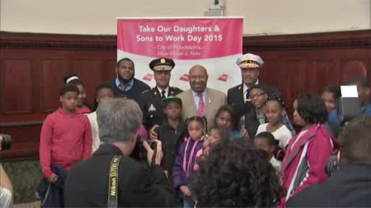 Philadelphia City Hall hosts Take Your Child to Work Day