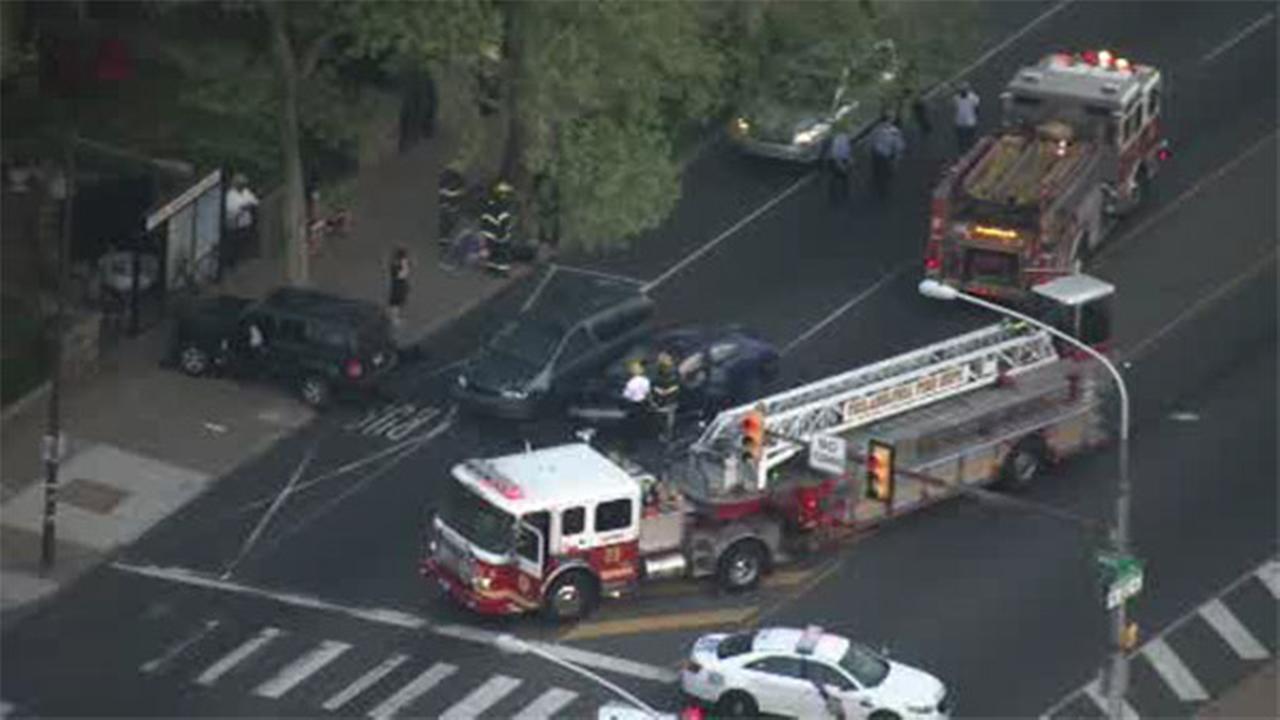 4 injured in multi-vehicle crash in East Oak Lane