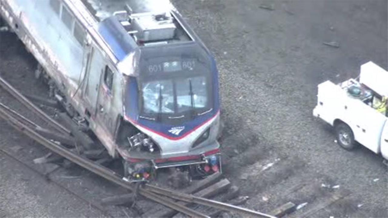 4 weeks later, some Amtrak crash victims still hospitalized