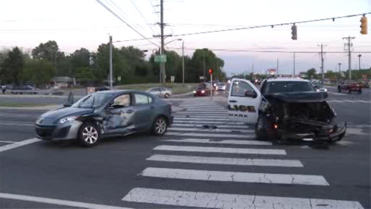 Officer, civilian injured in Newark, Del. crash