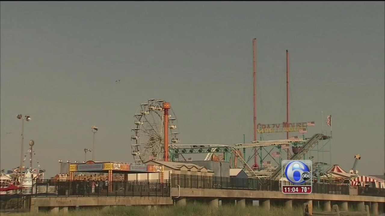 VIDEO: Soaking up holiday weekend sun in AC