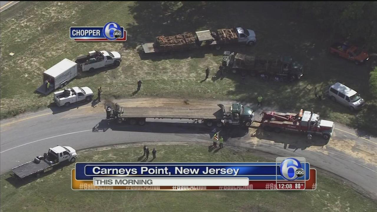 VIDEO: Tractor-trailer overturns in Carneys Point, NJ