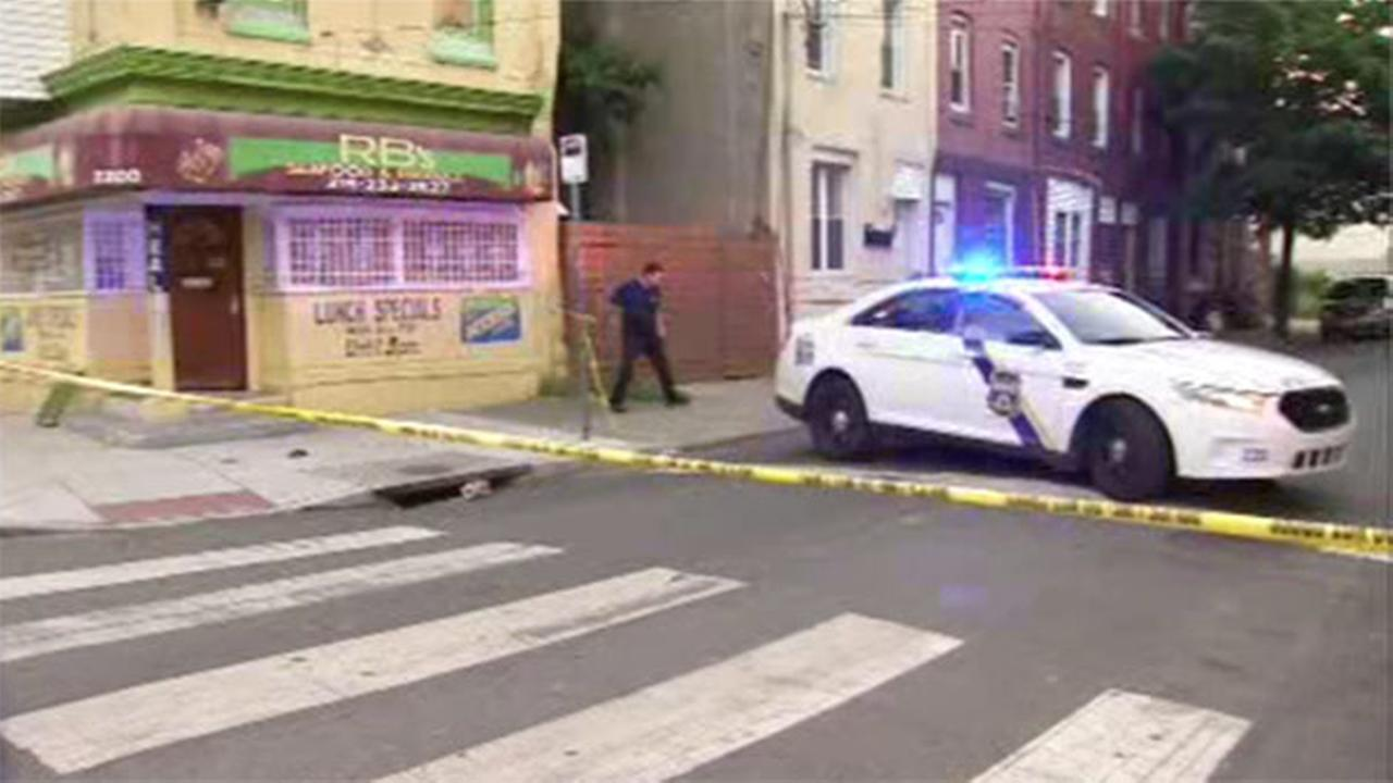 Man critical in North Philadelphia stabbing